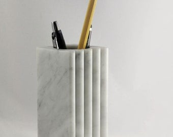 Bernini Pencil holders  of veritable white Carrara marble,