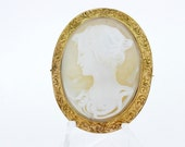 Floral Engraved Female Cameo Brooch Pendant in 14K Yellow Gold