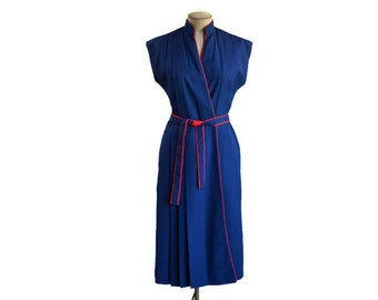 70's Vintage Wrap Dress Navy Blue Red Trim Textured Polyester/ Yves Jennet