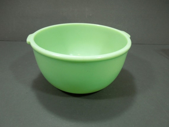 Electric Mixing Bowl ~ Mixing bowl jadeite vintage electric mixer by