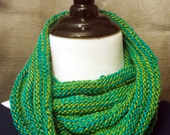 Hills and Valleys Cowl