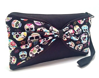 Wristlet, Sugar Skull Purse, Sugar Skull Handbag, Day of the Dead, Gothic Bag, Pastel Goth, Edgy Handbag, Rocker Chic, Gothic Purse