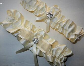 Ivory Garter Set, Wedding Garter, Bridal Garter, Keepsake Garter, Toss Away Garter, Prom Garter, Costume Garter, Garter