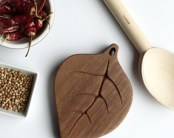 Gumleaf Spoon Rest, Kitchen Accessory, Cooking, Wooden Spoon Rest, Leaf Design, Australian Design, Nature Inspired, Home Cooking