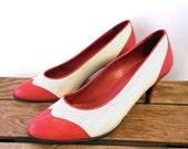 Halston III Vintage 80s does 1950s Wing Tip Perforated Italian Leather Pumps - Women 9