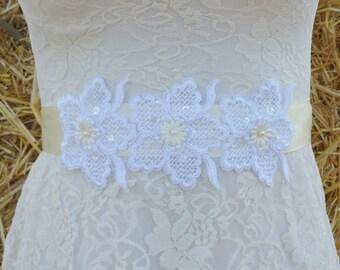 LIZA Style- Lace Wedding belt, Bridal lace belt, Wedding lace sash, Lace bridal belt, Ivory lace belt, Ivort sash