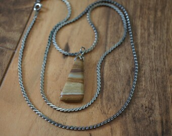 Vintage Jewelry  Pendant Chain Necklace Silver Gemstone Brown Triangle   Z-010