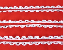 Vintage CROCHET TRIM - White Decorative Border - Vintage Sewing Supplies