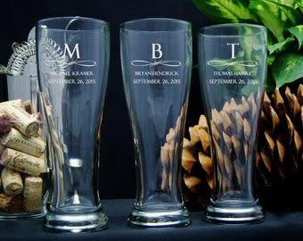 Personalized Beer Glasses / Groomsmen Gifts / Bridesmaids Gifts / Engraved Wedding Glasses / 16 DESIGNS / Select ANY Quantity