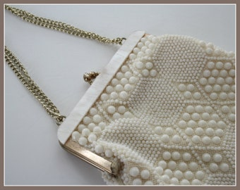 White Vintage Purse Beaded Purse, Like NEW Condition, evening /wedding /bridal purse, 1950s, gold color chain, made in Hong Kong for Goldco