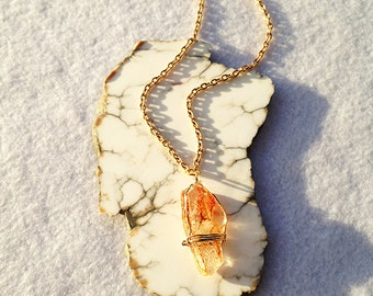 Goshenite Crystal Pendant Necklace, Crystal Necklace, Raw Crystal Necklace, Rough Crystal, Goshenite Necklace, Goshenite Jewelry,