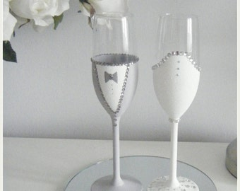 Bride and Groom Champagne Toasting Flutes