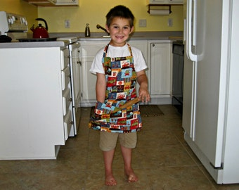 Boy Apron, Reversible & Adjustable Car/Truck apron with Movable Straps