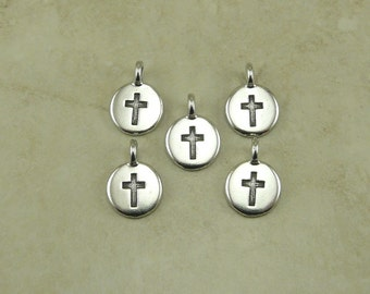 5 TierraCast Round Cross Charms > Religion Christian Catholic Stampable Spiritual - Silver Plated Lead Free pewter Ship Internationally 2406