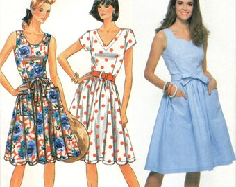 Simplicity 9744 Summer Dress Full Skirt Easy to Sew THREE BODICE VARIATIONS ©1990 Size 6 8 10 12 14