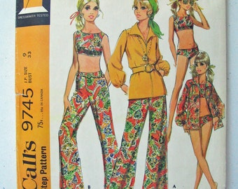 """McCalls 9745 60s Mod Two Piece Bathing Suit, V Neck Zip Front Blouse, High Waist Bell Bottoms MISSING Instructions Junior Size 9 Bust 33"""""""