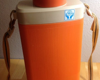 Vintage Lion Star Plastic Thermos