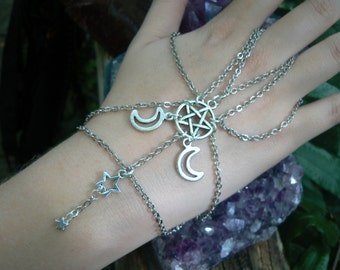 pentacle slave bracelet Triple moon hand chain pentagram fantasy handflower  new age chakra boho Wicca wiccan witch magic hipster style