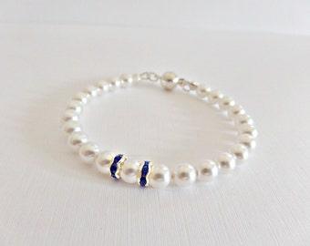 White pearl bracelet, Cobalt & white bracelet, Wedding cobalt blue, Pearl bridal bracelet, Bridesmaid bracelet, Prom bracelet, UK seller