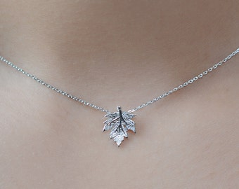 Canada Maple Leaf Necklace. Sterling Silver Chain. Canada Day Jewelry / Jewellery. Silver Maple Leaf Necklace