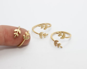 20 Pcs Raw Brass Flower Rings, 16-17mm Adjustable Ring, Brass Adjustable Ring , LA25