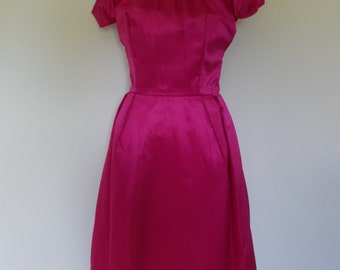 Vintage dress 50s pink satin dress with fluffy white feather neck size small