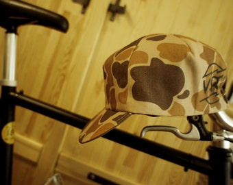"""NEW """"Camo/Brown"""" Cycling Caps Limited Edition"""