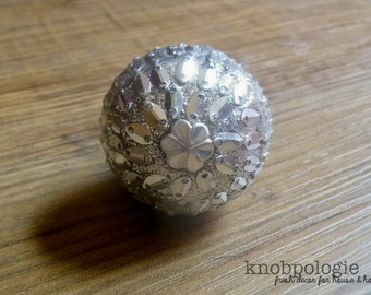 "1.5"" Shimmering Silver Art Deco Style Knob - Shiny Glitter Beaded Metal Mosaic Drawer Pull - Disco Inspired Decorative Knob - Cabinet Decor"