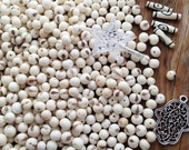 White Acai Beads, 100 Beads / Natural Eco Friendly Beads from the Amazon, Boho Beads, Yoga, Renewable Seeds, Round Beads from South America