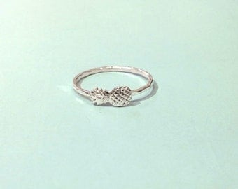 Sterling silver pineapple ring - stacking ring - knuckle ring - midi ring