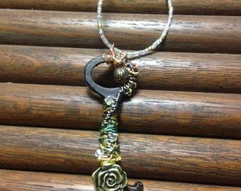 Wire wrapped flower key