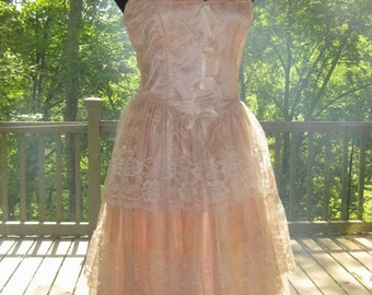 80s Formal Lace Dress, 80's Does 50's Pretty In Pink Tiered Chantilly Lace Dress Size 13/14
