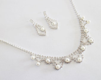 Graceful wedding jewelry Type D set, bridal jewelry set, Crystal Bridal Earrings, Wedding Jewelry Set, Bridal Necklace