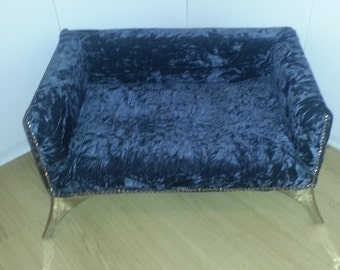 Luxury Dog Bed, Luxurious Crushed Velvet Dog Bed