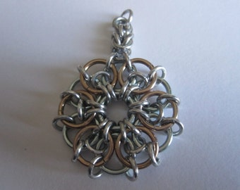 Celtic star pendant in Seafoam/Champagne