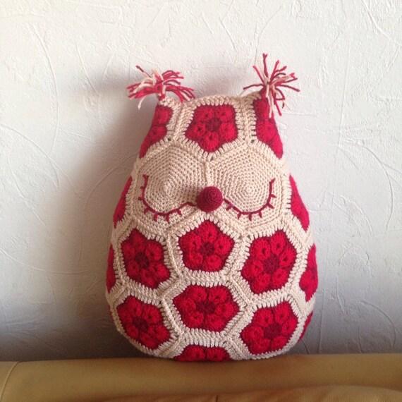 crochet de coussin hibou coussin fait main crochet africaine. Black Bedroom Furniture Sets. Home Design Ideas