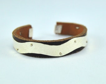 Milla bracelet, silver and leather