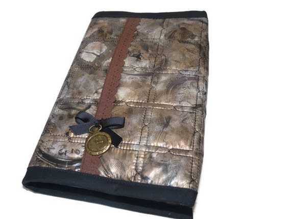 Adjustable Book Cover Pattern ~ Book cover quilted plasticized fabric with watches in