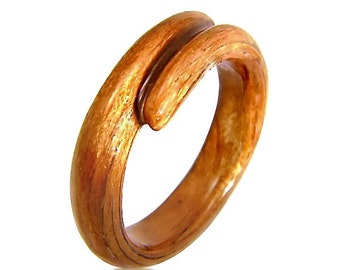 Hand Carved Cherry Ring, Wood Ring, Wood Jewelry, Rings, Jewelry, Bentwood Ring, For Her, For Him, Gift, Unique Ring - 5th Anniversary