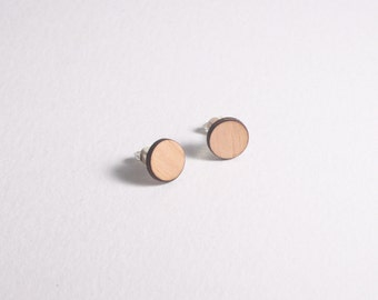 Wooden earrings, wooden stud earrings, circle earrings, geometric stud earrings, laser cut jewellery, laser cut earrings