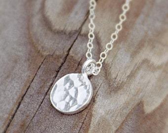 Hammered sterling silver disk necklace / minimalist necklace / everyday necklace / simple necklace / layering necklace