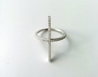 Ring Silver 925/000 set zirkonias, vertical line pattern, cross - silver solid 925 and zirkonias - silver 925