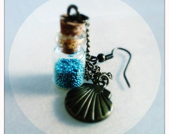 Earring Whispers Of The Sea (with natural shell pendant)