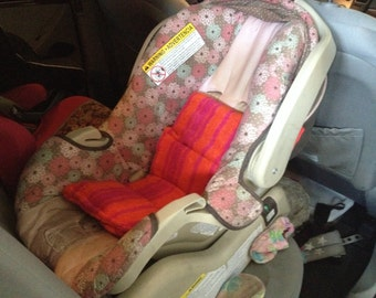items similar to car seat cooler spring butterfly pattern ready to ship on etsy. Black Bedroom Furniture Sets. Home Design Ideas
