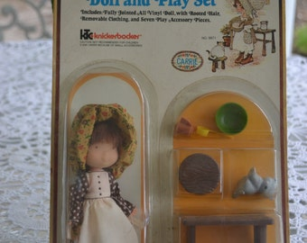 New Knickerbocker The Original Holly Hobbie Doll and Play Set unopened