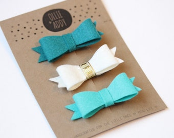 Felt bow hairclips in turquoise, aqua & ivory - newborn to adult