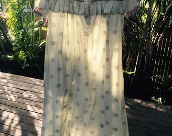 Vintage 70s Indian print maxi dress