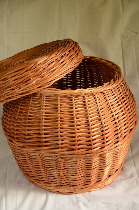 Handmade wicker storage basket with lid laundry by willowsouvenir - Rattan laundry basket with lid ...