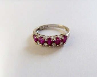 18k white  gold with rubies and diamonds Ring