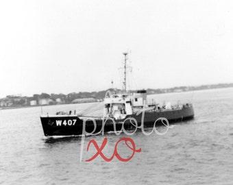 Little ship, W407